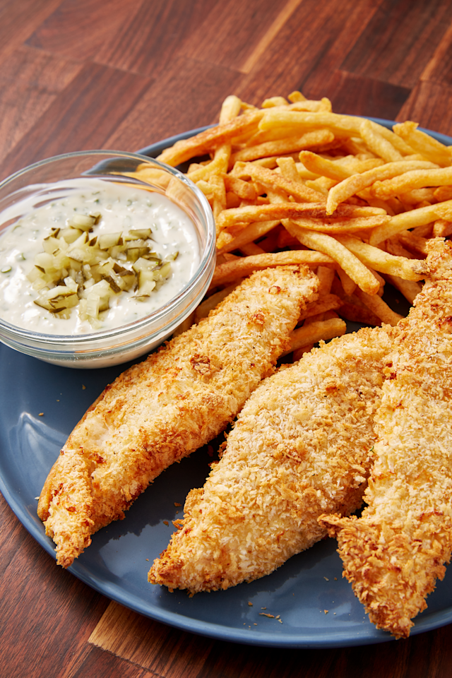 """<p>Same crunch as the classic, but way easier to cook.</p><p>Get the recipe from <a href=""""https://www.delish.com/cooking/recipe-ideas/a28414646/air-fryer-fish-recipe/"""" target=""""_blank"""">Delish</a>.</p>"""