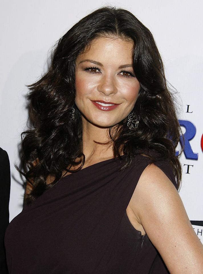 """<a href=""""http://movies.yahoo.com/movie/contributor/1800019539"""">Catherine Zeta-Jones</a> at the 20th Annual Producers Guild Awards in Hollywood - 01/24/2009"""
