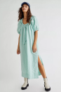 "<p><strong>Endless Summer</strong></p><p>freepeople.com</p><p><strong>$98.00</strong></p><p><a href=""https://go.redirectingat.com?id=74968X1596630&url=https%3A%2F%2Fwww.freepeople.com%2Fshop%2Fnatural-element-midi-dress%2F&sref=https%3A%2F%2Fwww.marieclaire.com%2Ffashion%2Fg36062574%2Fbest-house-dresses%2F"" rel=""nofollow noopener"" target=""_blank"" data-ylk=""slk:shop it"" class=""link rapid-noclick-resp"">shop it</a></p><p>Easy breezy! This effortless midi will be your lightweight go-to this summer. Its puff sleeve silhouette gives it a relaxed feel, and the drawstring neckline adds extra dimension. </p>"