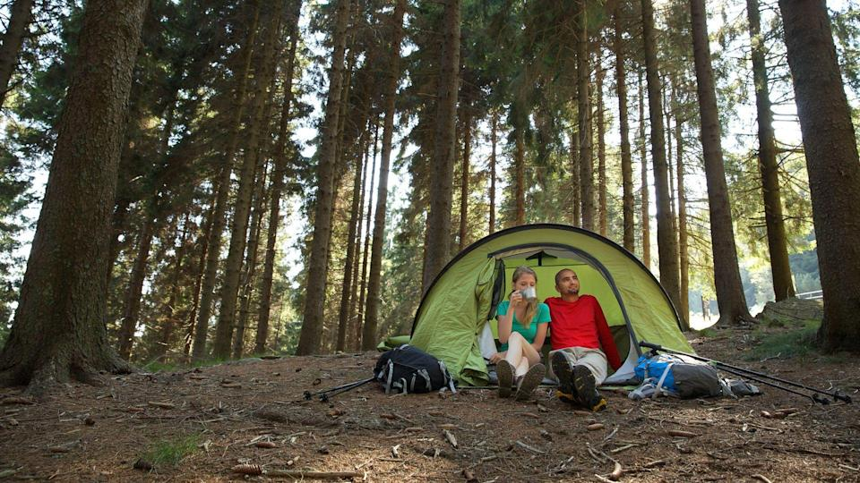couple-camping-in-tent.