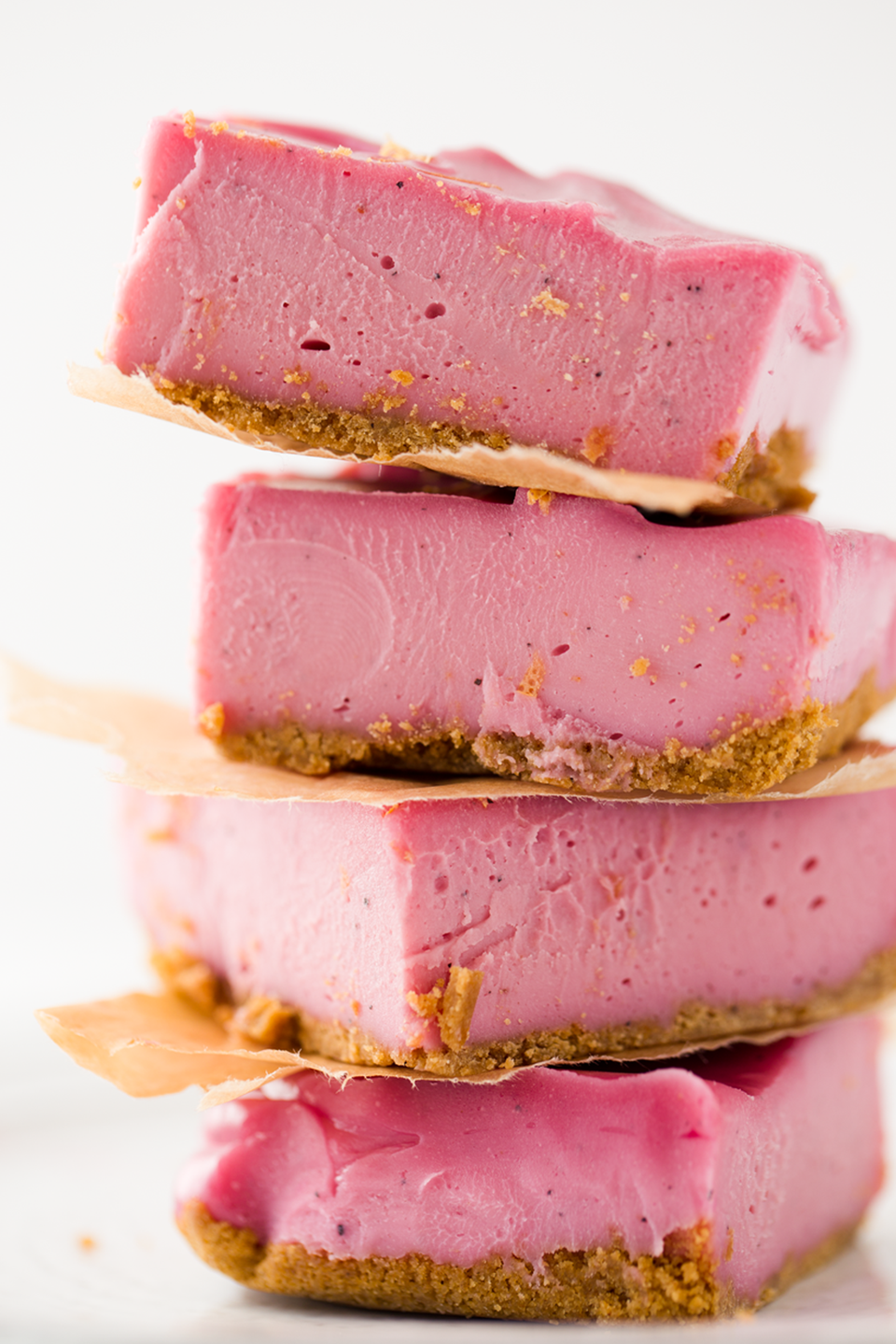 """<p>For a healthy Mother's Day dessert that's still delicious, try these vegan """"cheesecake"""" bars that are made with cashews instead of cream cheese.</p><p><strong>Get the recipe at <a href=""""http://kblog.lunchboxbunch.com/2016/06/vegan-pink-cheesecake-bars.html"""" rel=""""nofollow noopener"""" target=""""_blank"""" data-ylk=""""slk:Healthy. Happy. Life"""" class=""""link rapid-noclick-resp"""">Healthy. Happy. Life</a>.</strong></p><p><a class=""""link rapid-noclick-resp"""" href=""""https://www.amazon.com/Hamilton-Beach-70725A-FBA_70725-Processor/dp/B00KHLN7K2?tag=syn-yahoo-20&ascsubtag=%5Bartid%7C10050.g.4238%5Bsrc%7Cyahoo-us"""" rel=""""nofollow noopener"""" target=""""_blank"""" data-ylk=""""slk:SHOP FOOD PROCESSORS"""">SHOP FOOD PROCESSORS</a> </p>"""