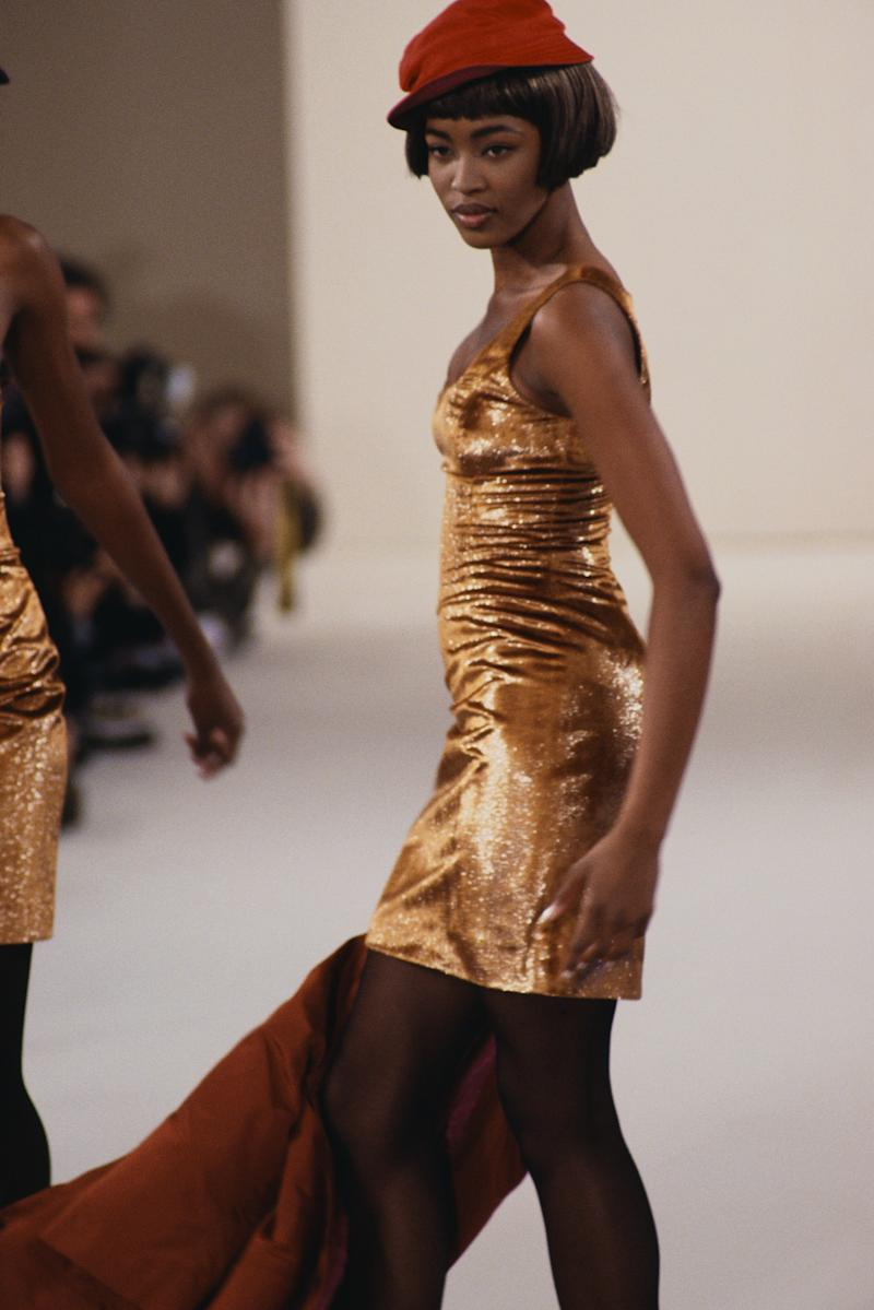 Naomi Campbell walks the runway for Perry Ellis in 1989. Photo courtesy of Getty Images.