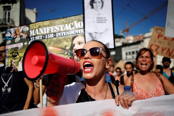 Protesters demonstrate against evictions and rising rent prices in central Lisbon in September 2018. (Photo: Pedro Nunes/Reuters)