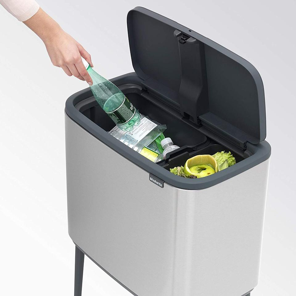 Use the separate buckets for trash, recycling or compost (Photo: Brabantia)