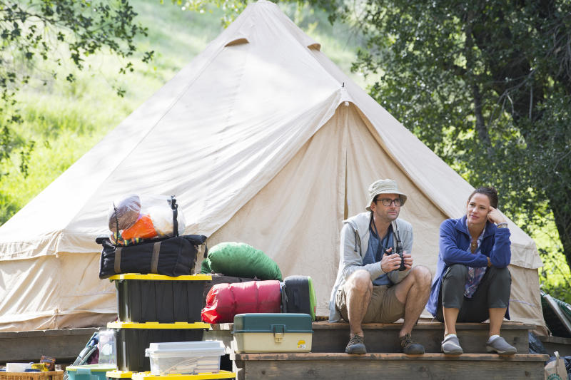 "This image released by HBO shows David Tennant, left, and Jennifer Garner from ""Camping,"" premiering Oct. 14. (Anne Marie Fox/HBO via AP)"
