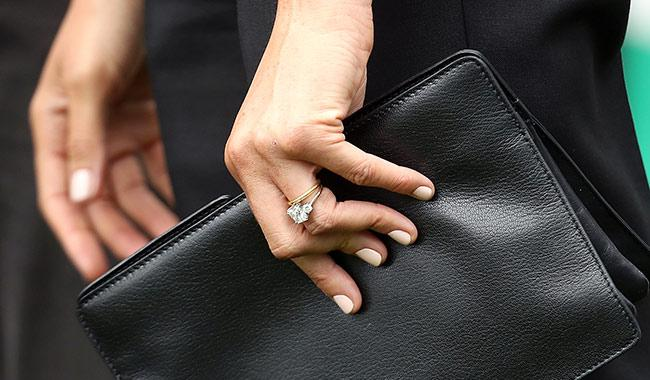 meghan-markle-engagement-ring-before