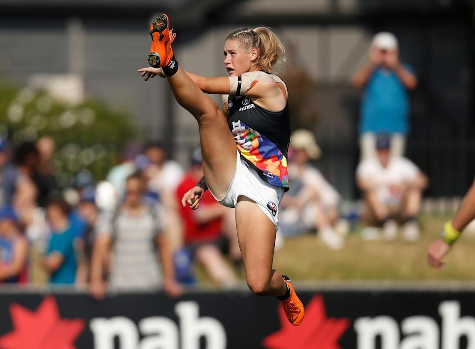 This photo of Tayla Harris of the Blues, kicking the ball during the 2019 NAB AFLW Round 07 match on March 17, 2019, in Melbourne, Australia, has gone viral, attracting gutter-minded trolls. (Photo: Michael Willson/AFL Media)