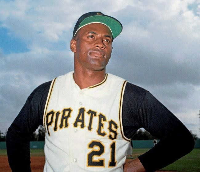 LEADING OFF: Pirates, Puerto Rican MLBers wear Clemente's 21