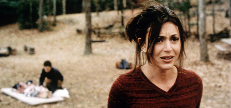 Cerina Vincent in Eli Roth's 'Cabin Fever' (Photo: Lions Gate Films/Courtesy Everett Collection)