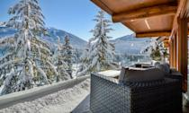 """<p><strong>Sleeps: </strong>6</p><p><strong>Bedrooms: </strong>3</p><p><strong>Why We Love It: </strong>We may need to wait a bit before heading to Canada, but when the borders open up—this is where you should consider wedding. Totem Chalet sits on Blueberry Hill adjacent to Whistler Village and is all about the sublime scenery. Case in point: Every floor of this property has views of the Blackcomb mountains, so you'll have ample options when deciding where to stay, where to exchange your vows, and where to host a dinner party for the ages. </p><p><a class=""""link rapid-noclick-resp"""" href=""""https://go.redirectingat.com?id=74968X1596630&url=https%3A%2F%2Fwww.airbnb.com%2Fluxury%2Flisting%2F20473445%3Fsource_impression_id%3Dp3_1604956990_3MywkJECFD396Kf1%26guests%3D1%26adults%3D1&sref=https%3A%2F%2Fwww.harpersbazaar.com%2Fwedding%2Fplanning%2Fg34670031%2Fbest-north-american-airbnbs-for-weddings%2F"""" rel=""""nofollow noopener"""" target=""""_blank"""" data-ylk=""""slk:BOOK"""">BOOK</a></p>"""