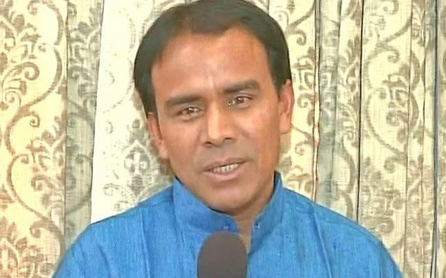 If you want to stay in Uttarakhand, then you must sing Vande Matram, says minister