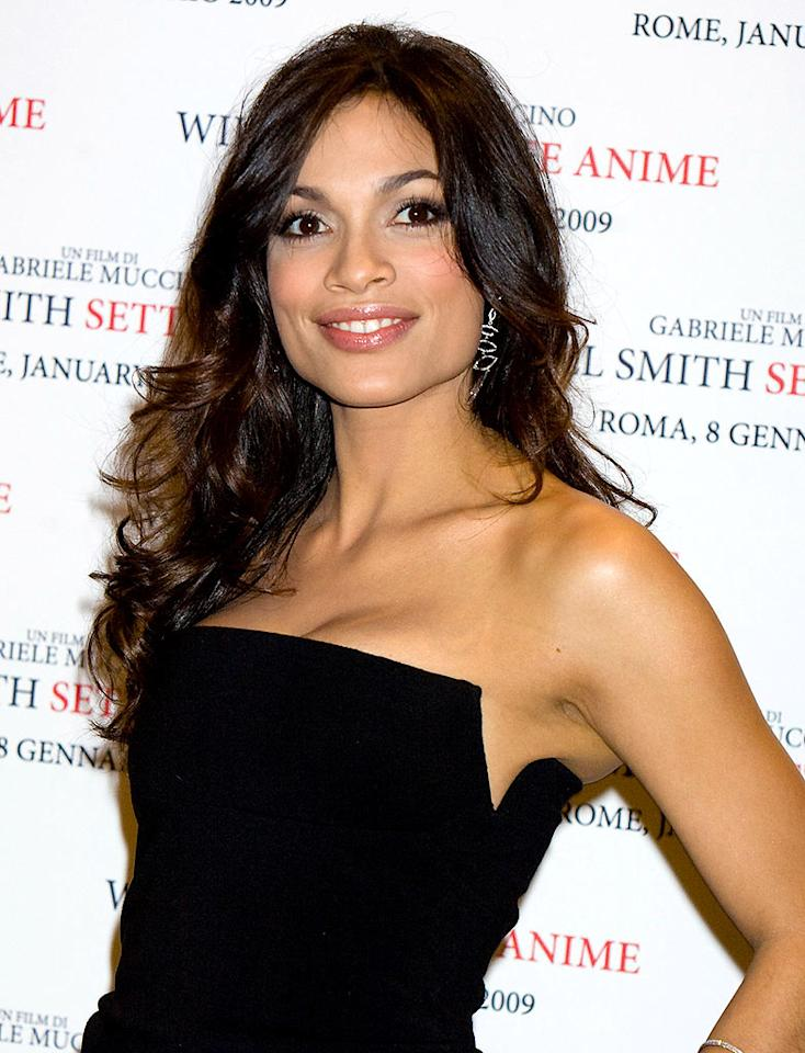 """Rosario Dawson is ready for her closeup. Elisabetta A. Villa/<a href=""""http://www.gettyimages.com/"""" target=""""new"""">GettyImages.com</a> - January 8, 2009"""