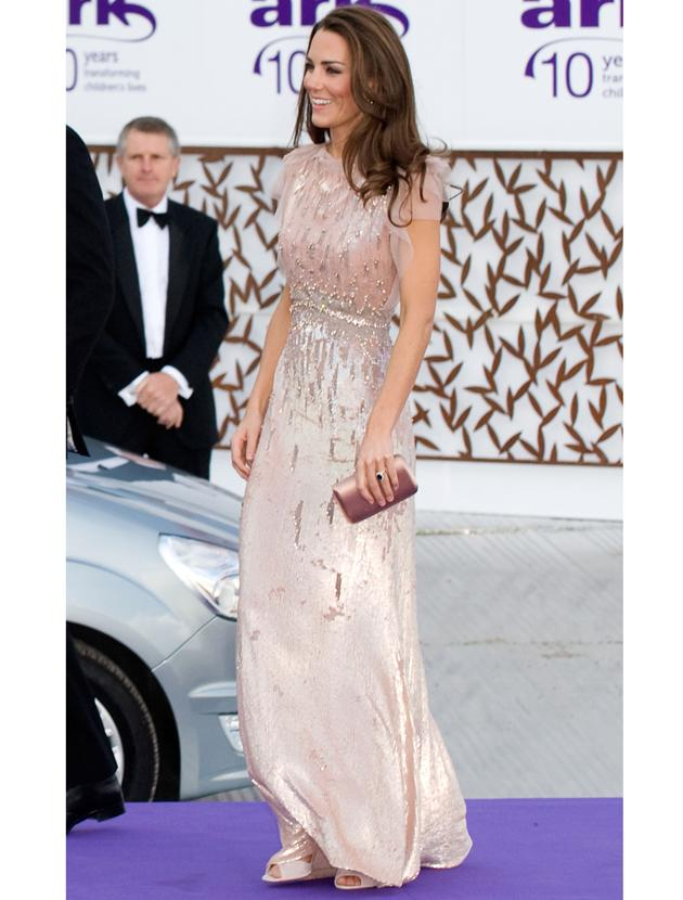Kate Middleton photos: This pale pink sequined Jenny Packham gown deserves serious attention! Only a princess could pull of this dress with such glamour and all this from a girl who says she doesn't have a stylist!