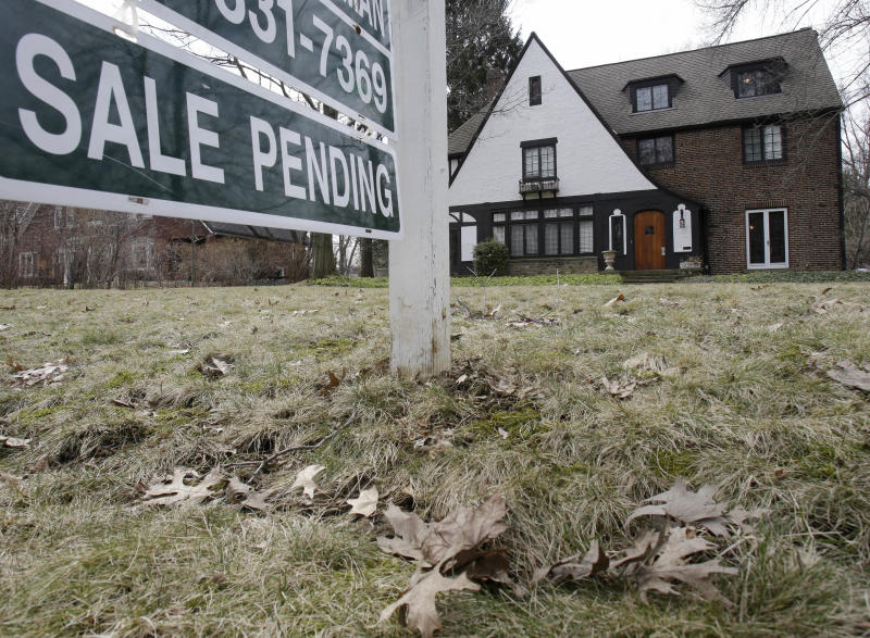US home prices dip in Jan. for 3rd straight month
