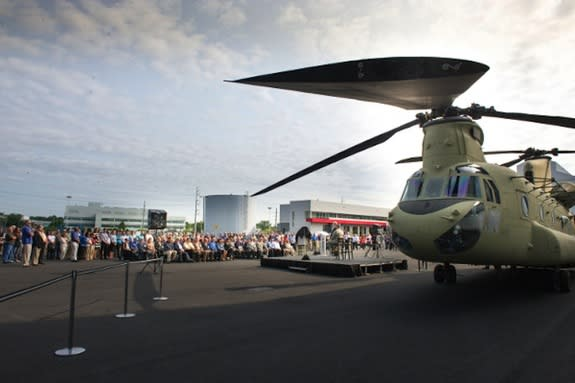 US Army Gets Upgraded Chinook Helicopter Fleet
