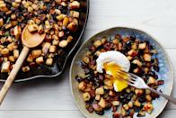 """This recipe calls for chicken, but you can swap that out for turkey and make your day-after-Thanksgiving breakfast an occasion all its own. <a href=""""https://www.epicurious.com/recipes/food/views/chicken-cranberry-hash-4960?mbid=synd_yahoo_rss"""" rel=""""nofollow noopener"""" target=""""_blank"""" data-ylk=""""slk:See recipe."""" class=""""link rapid-noclick-resp"""">See recipe.</a>"""