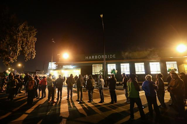 <p>People wait in line at Harborside, one of California's largest and oldest dispensaries of medical marijuana, on the first day of legalized recreational marijuana sales in Oakland, Calif., Jan. 1, 2018. (Photo: Elijah Nouvelage/Reuters) </p>