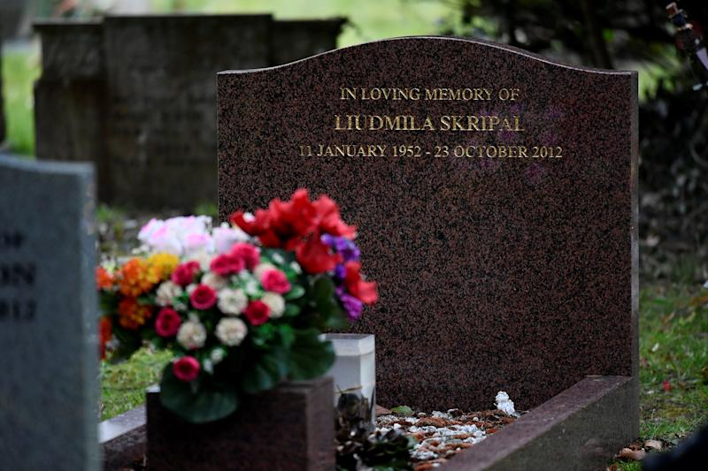 <strong>The grave of Liudmila Skripal in London Road Cemetery, Salisbury&nbsp;</strong> (Photo: Reuters)