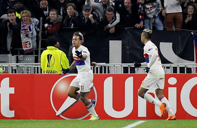 Soccer Football - Europa League Round of 32 First Leg - Olympique Lyonnais vs Villarreal - Groupama Stadium, Lyon, France - February 15, 2018 LLyon's Memphis Depay celebrates scoring their third goal REUTERS/Emmanuel Foudrot