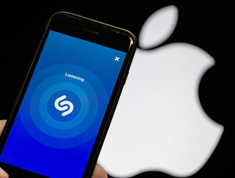 L'interface de l'application Shazam. (Photographie d'illustration d'Anadolu Agency via Getty Images) (Photo: Anadolu Agency via Getty Images)