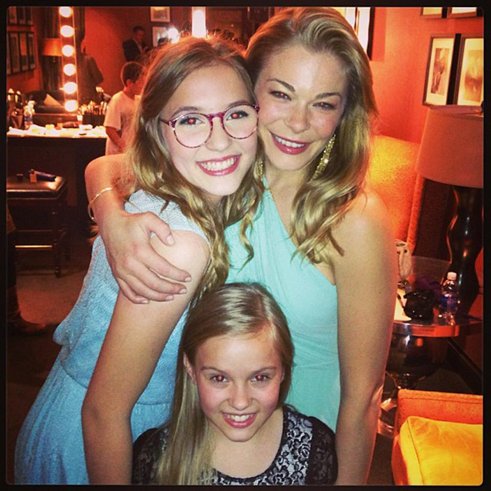 """Backstage with Lennon & Maisy Stella from the Show Nashvillle #opry#instagramtakeover #omgleannrimes"""