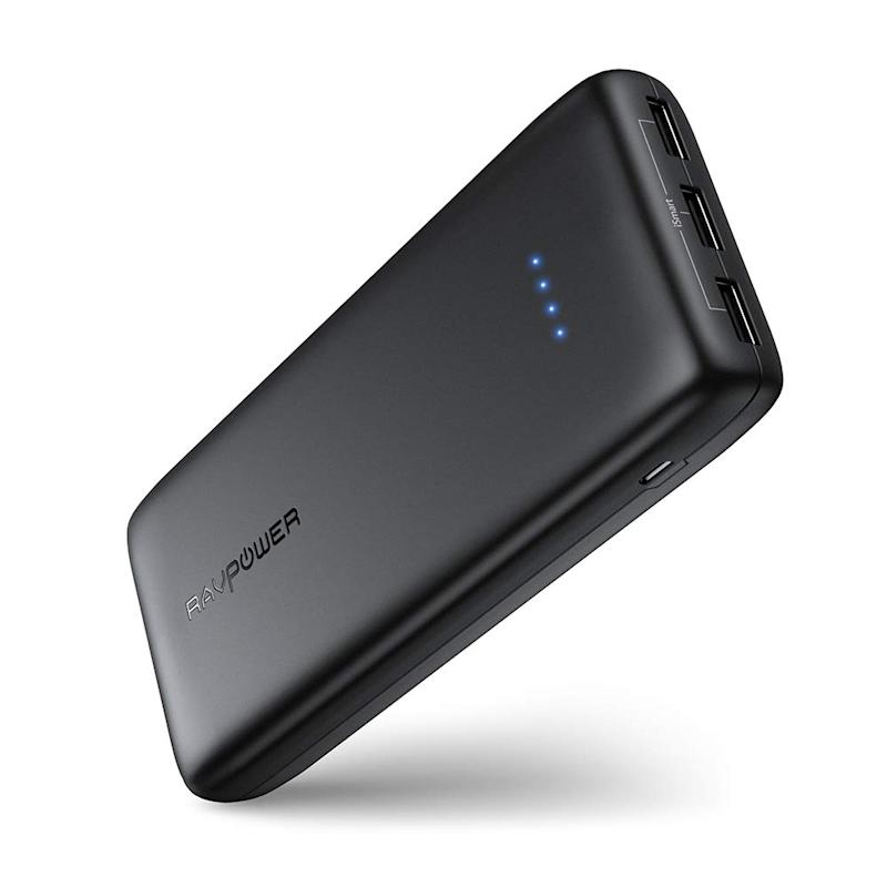 Battery Pack RAVPower 22000mAh Power Bank Portable Chargers 22000 Pocket Juice (Battery Bank, 3-Port, 5.8A Output, 2.4A Input, High-density Li-polymer Battery) For Phones Tablets – Black