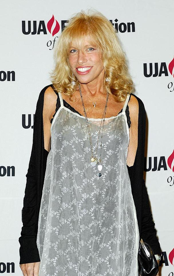"When Carly Simon revealed she had breast cancer in 1998, she told the New York Daily News that the situation made her stronger than ever. ""When you actually have a battle, it's better than when you don't know who to fight,"" said the singer-songwriter. Joe Corrigan/<a href=""http://www.gettyimages.com/"" target=""new"">GettyImages.com</a> - June 17, 2008"