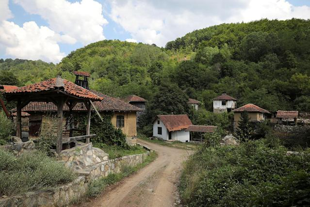 <p>Abandoned houses stand in the empty village of Repusnica, near the southeastern town of Knjazevac, Serbia, Aug. 15, 2017. (Photo: Marko Djurica/Reuters) </p>