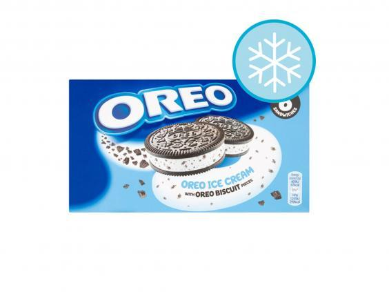 This Oreo ice cream biscuit is a combination of two of our favourite things (Tesco)