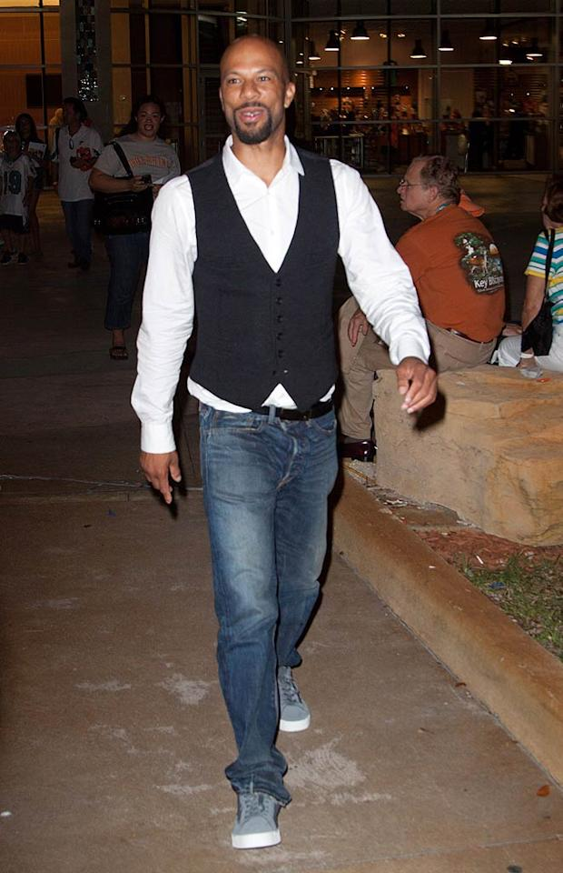 """Serena's ex-boyfriend, rapper Common, was also at the game. Do you think the two have rekindled their affair? John Parra/<a href=""""http://www.wireimage.com"""" target=""""new"""">WireImage.com</a> - September 26, 2010"""