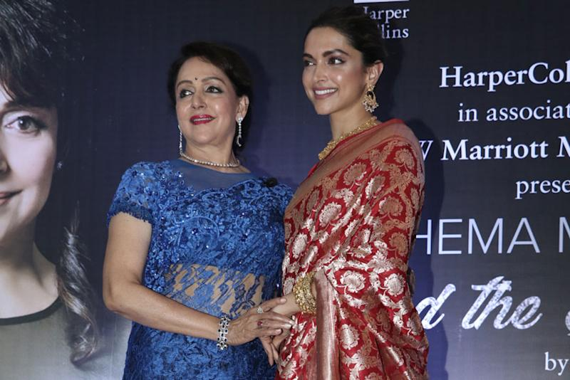 Hema Malini Says Deepika Padukone is Doing Roles that She'd Have Loved to Do 15-20 Years Ago