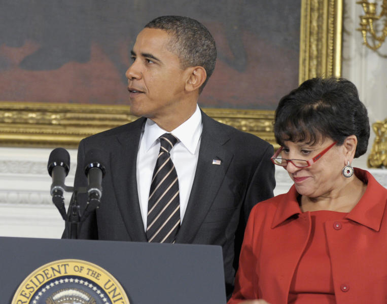 FILE - In this Oct. 4, 2010 file photo, President Barack Obama stands with Chicago businesswoman Penny Pritzker in the State Dining Room of the White House in Washington. Pritzker, considered a top candidate to be the next U.S. Commerce Secretary, resigned Thursday, March 14, 2013, from the Chicago Board of Education. Pritzker is a longtime Obama ally and top fundraiser who was Obama's campaign finance chairwoman in 2008.(AP Photo/Susan Walsh)