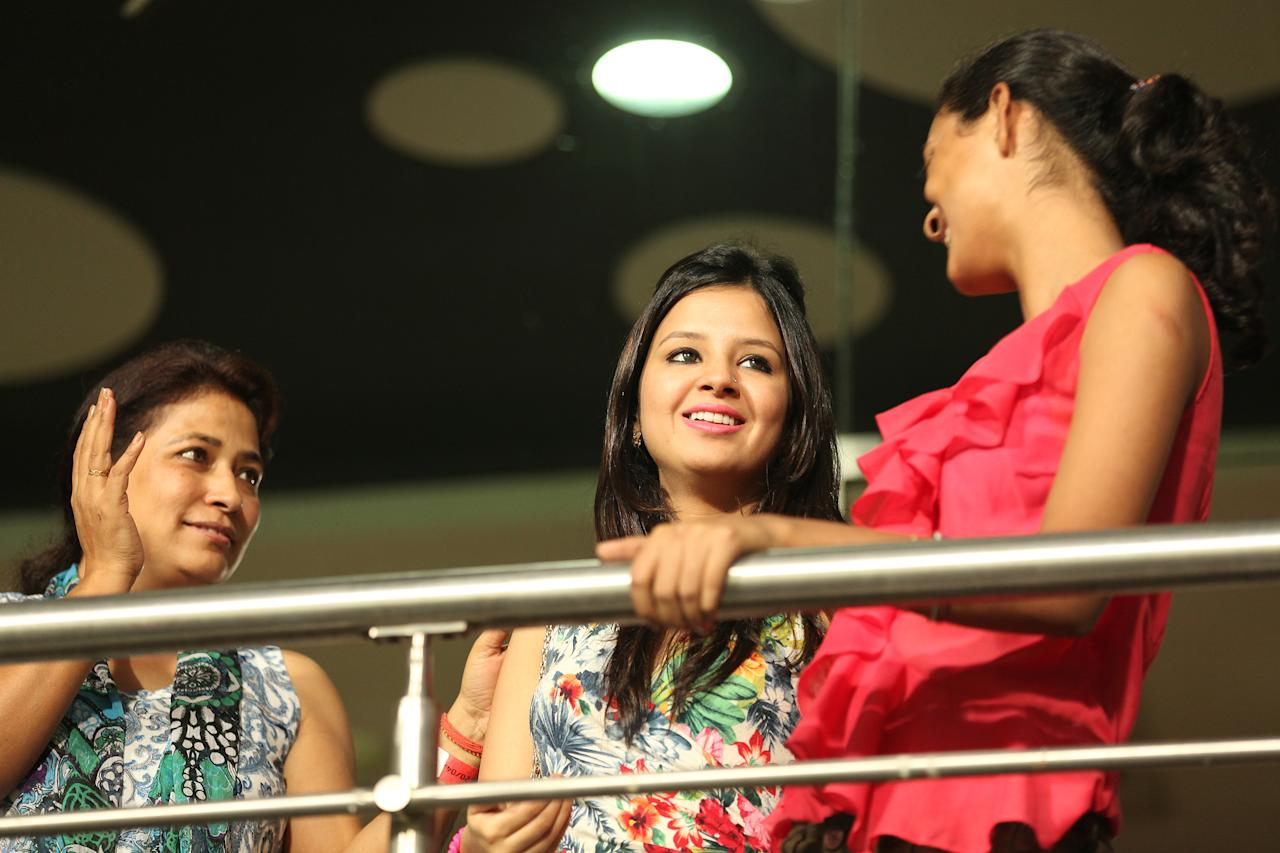Sakshi Dhoni cheers on the Chennai Super Kings with her friends during the match against the Kolkata Knight Riders at the Eden Gardens Stadium in Kolkata on the 20th April 2013. Photo by Saikat Das-IPL-SPORTZPICS