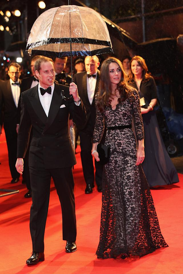 LONDON, ENGLAND - JANUARY 08: Prince William, Duke of Cambridge and Catherine, Duchess of Cambridge attend the UK premiere of War Horse at Odeon Leicester Square on January 8, 2012 in London, England.  (Photo by Tim Whitby/Getty Images)