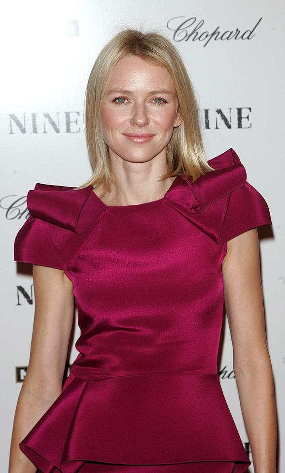 """<a href=""""http://movies.yahoo.com/movie/contributor/1800180388"""">Naomi Watts</a> at the New York City screening of <a href=""""http://movies.yahoo.com/movie/1810053986/info"""">Nine</a> - 12/15/2009"""