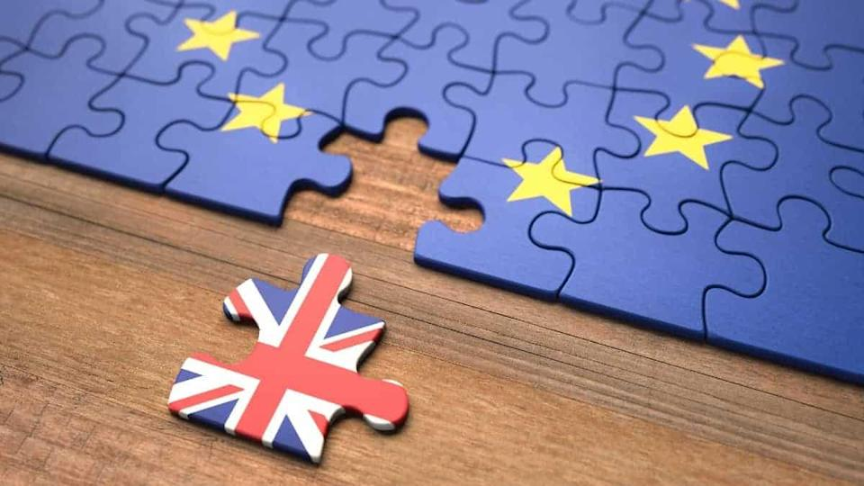 United Kingdom leaving the European Union represented in puzzle pieces.