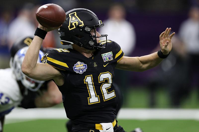 NEW ORLEANS, LOUISIANA - DECEMBER 15: Zac Thomas #12 of the Appalachian State Mountaineers looks to throw a pass against the Middle Tennessee Blue Raiders during the R&L Carriers New Orleans Bowl at the Mercedes-Benz Superdome on December 15, 2018 in New Orleans, Louisiana. (Photo by Chris Graythen/Getty Images)