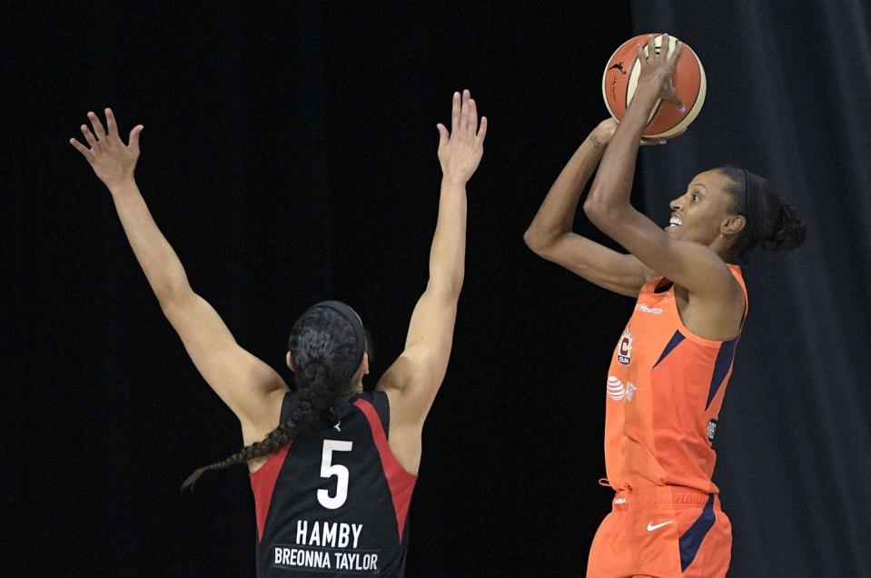 "<span class=""caption"">Players for the Connecticut Sun and the Las Vegas Aces square off during basketball's WNBA semi-final in September 2020 in Bradenton, Fla. </span> <span class=""attribution""><span class=""source"">(AP Photo/Phelan M. Ebenhack)</span></span>"