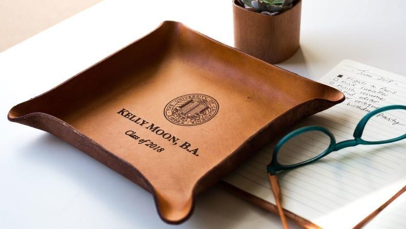 Best personalized grad gifts: Leather tray