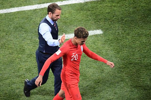 Dele Alli leaves the pitch during England's World Cup opener against Tunisia (AFP Photo/NICOLAS ASFOURI)