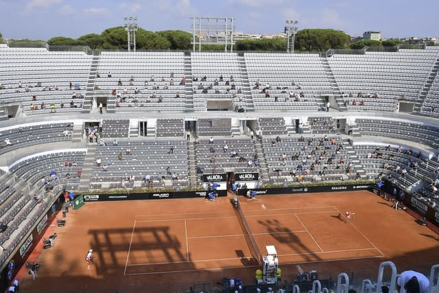 Action from Novak Djokovic's semi-final against Casper Ruud at the Italian Open