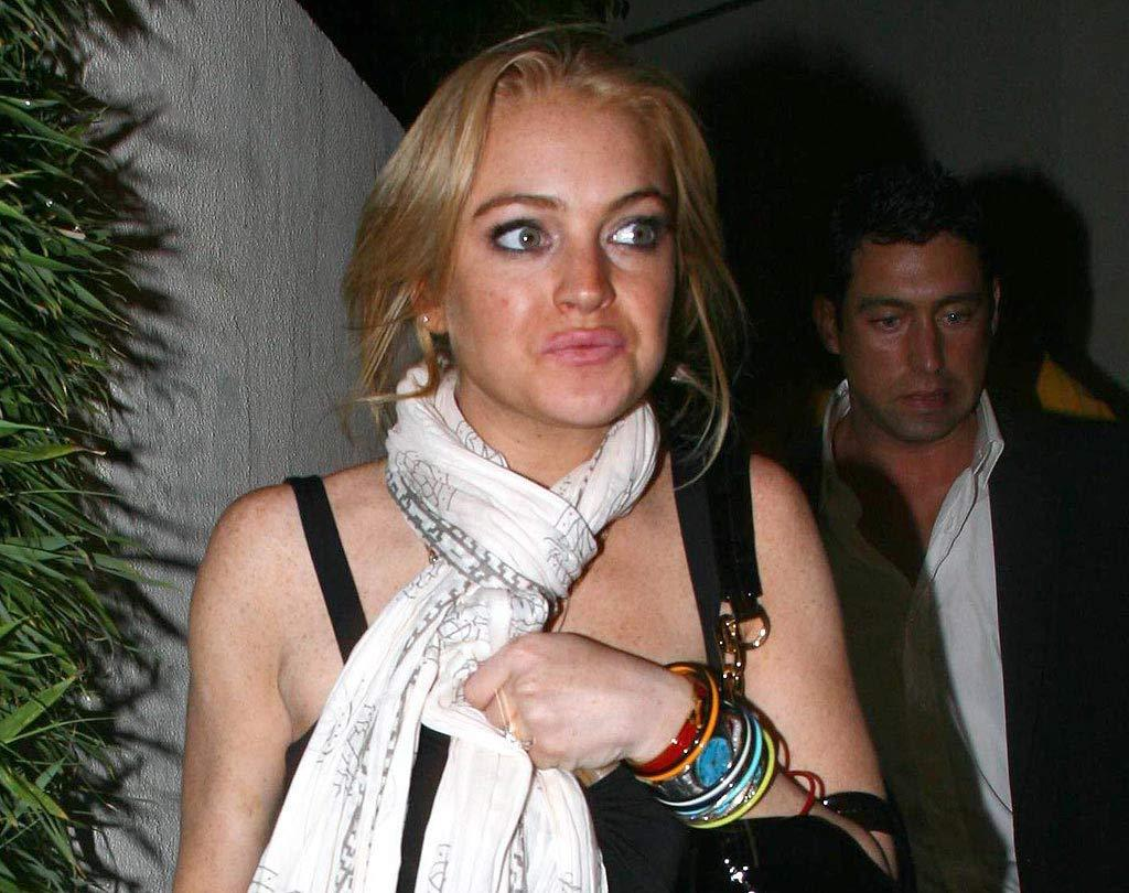 "Just hours before her DUI arrest on May 26, Lindsay was looking a little loony. <a href=""http://www.x17online.com"" target=""new"">X17 Online</a> May 26, 2007"