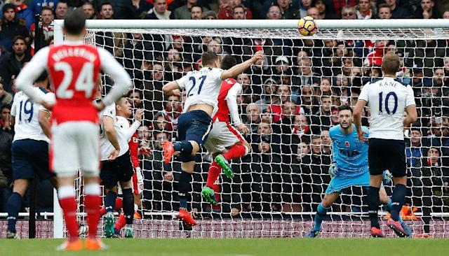 Tottenham Hotspur's Kevin Wimmer scored an own goal against Arsenal, in a match that ended 1-1 on November 6, 2016 (AFP Photo/Ikimages)