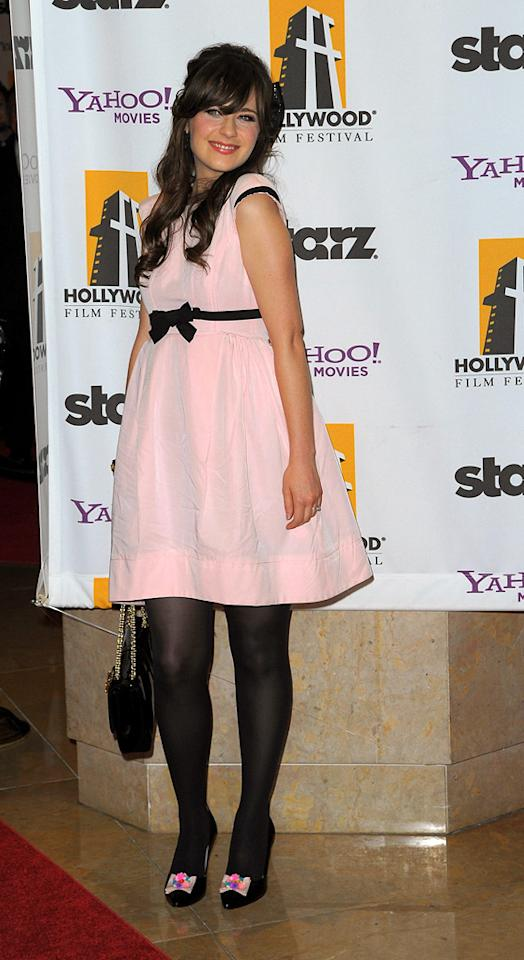 """<a href=""""http://movies.yahoo.com/movie/contributor/1800019171"""">Zooey Deschanel</a> at the 13th Annual Hollywood Awards Gala held at the Beverly Hilton Hotel - 10/26/2009"""