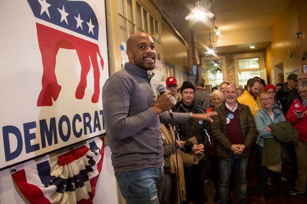 Mandela Barnes speaks to supporters at the Racine County Democratic office on Nov. 4, 2018, as he runs for lieutenant governor. (Photo: Darren Hauck/Getty Images)
