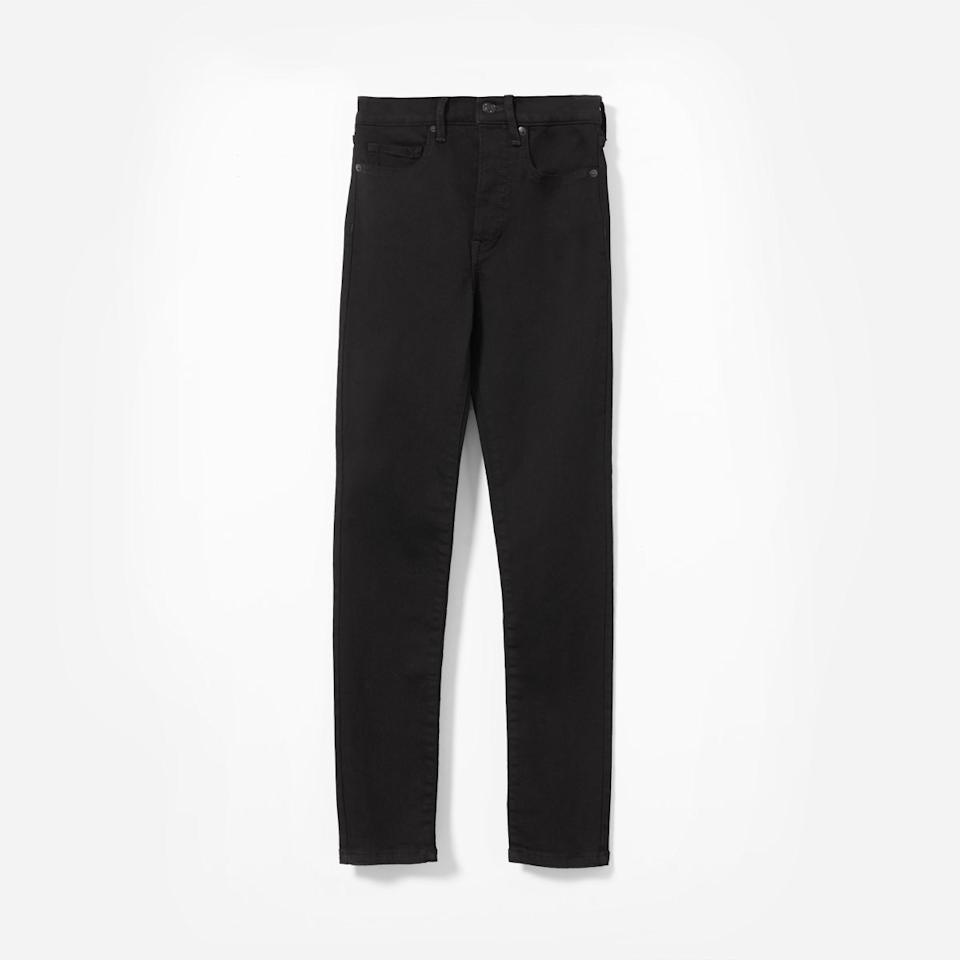 "<p>These jeans fit tight around the waist and skinny throughout.<br /><a rel=""nofollow"" href=""https://fave.co/2qy6JEU""><strong>Shop it:</strong></a> Everlane Authentic Stretch High-Rise Skinny Ankle Jean, $50 (originally $68), <a rel=""nofollow"" href=""https://fave.co/2qy6JEU"">everlane.com</a> </p>"