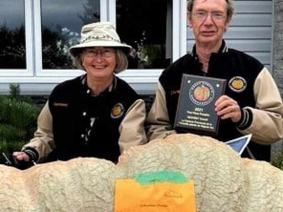 Maureen and Daryl Tingley won first place at the Giant Pumpkin Festival in Neguac. (Camille Breau - image credit)