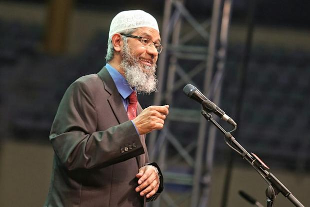 On March 1, 19 human rights activists filed a civil lawsuit against the Malaysian government for failing to protect the country from Dr Zakir Naik (pic). ― Picture by Saw Siow Feng