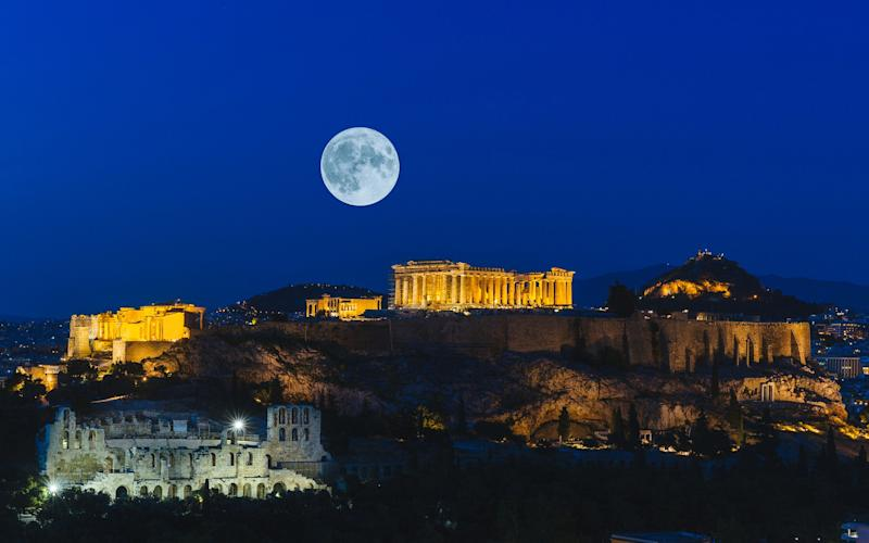 The Acropolis is at its most spectacular at night