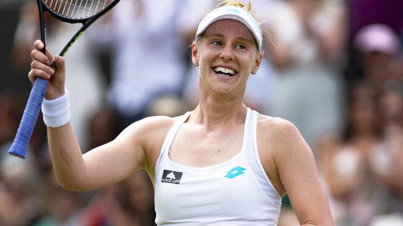 Alison Riske celebrates her win over Ash Bartyat Wimbledon. (Photo by Visionhaus/Getty Images)
